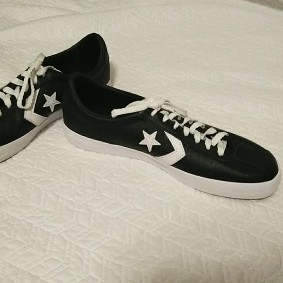 0d6796dbcd0a33 Converse Other - Black Leather Low Converse Star Unisex Sneakers